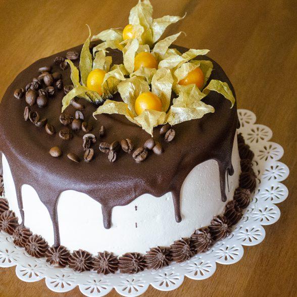 Torta Mousse Café com Leite
