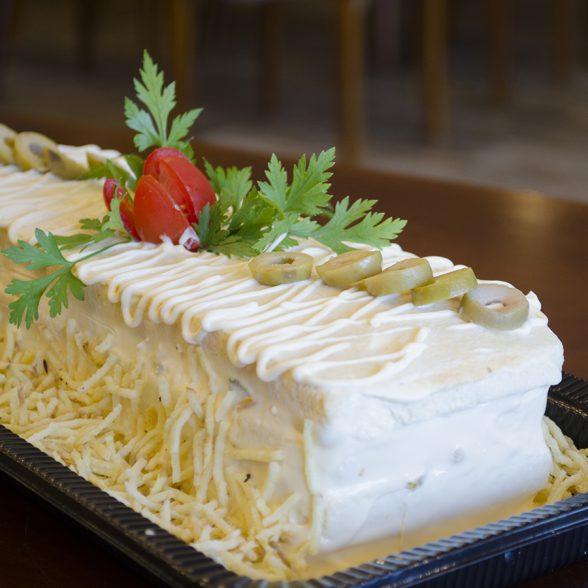 Torta Fria Frango e Legumes